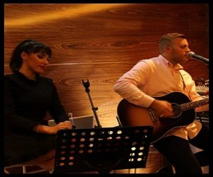 ACOUSTIC DUO 2